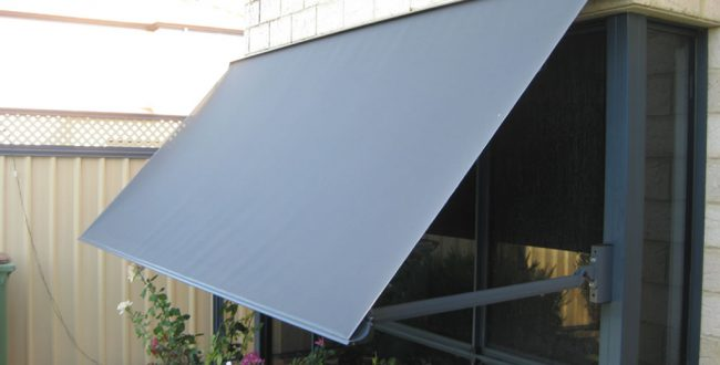 pivot-arm-awning